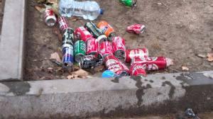 Colección de latas en el Distrito II